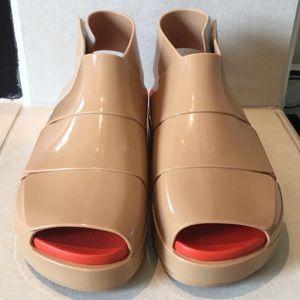 NEW Melissa beige Sandals